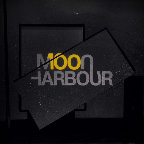 Moon Harbour 100 [MHR100]
