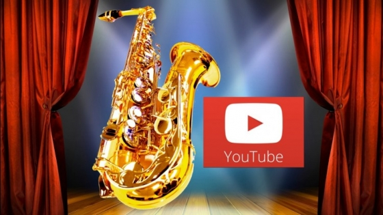 Udemy Sax From Scratch YouTube and Stage Performing TUTORiAL